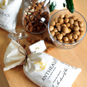 Greek Bio Almonds – Ελληνικά Αμύγδαλα